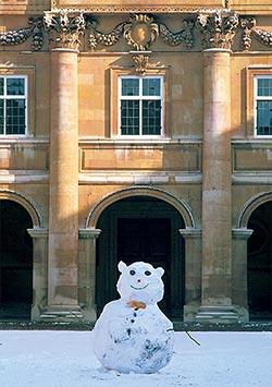 LCCC12-C0117-B-Snowman-Emmanuel-College